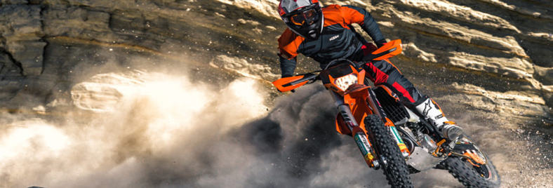 Enduro Action Banner